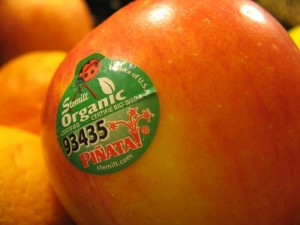 Organic-fruit-label
